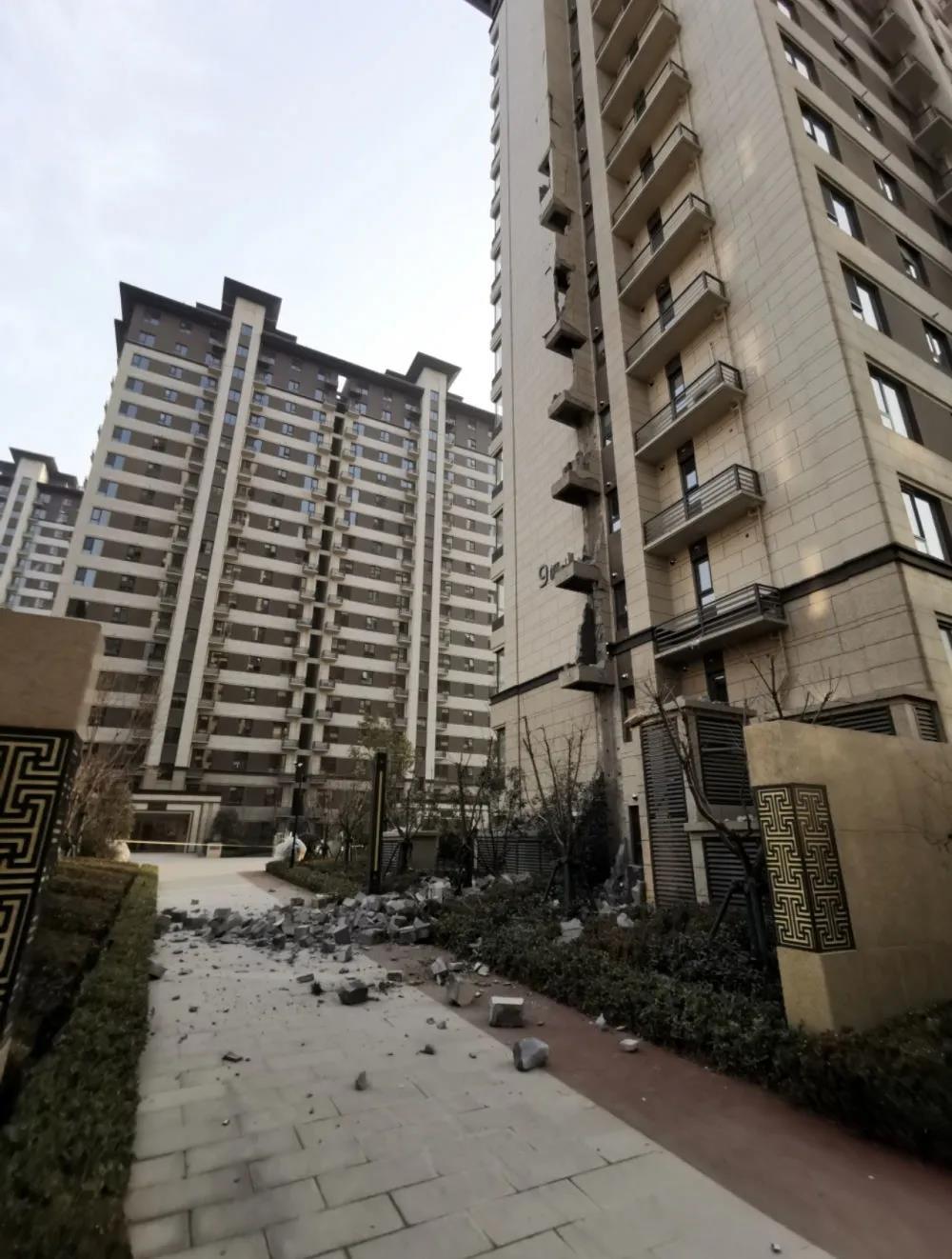 关注新华网报道-住房装修市场,水到底有多深?